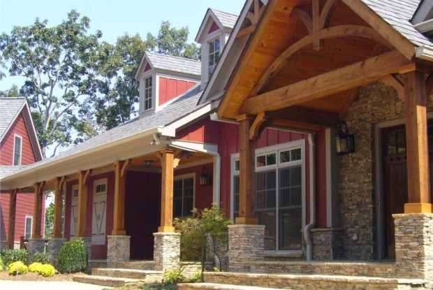 Craftsman Style Home in Red 163-1027
