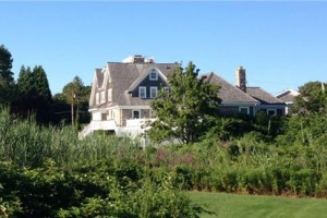 New England sytle house plan